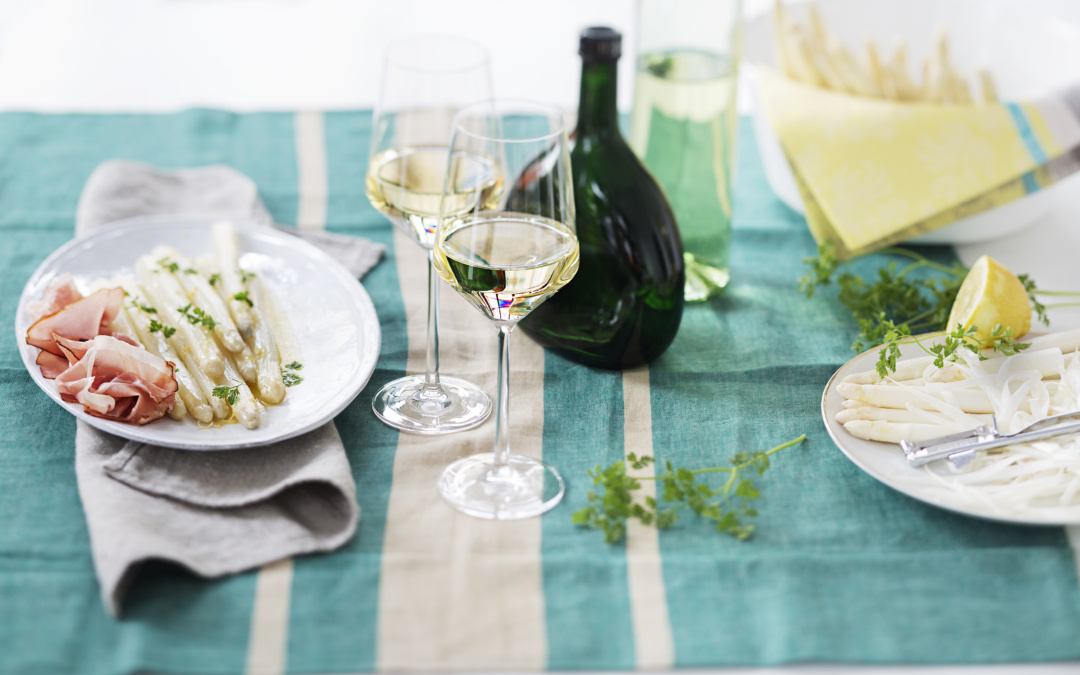 Asparagus Seeks Wine, for Pairing and Partnership